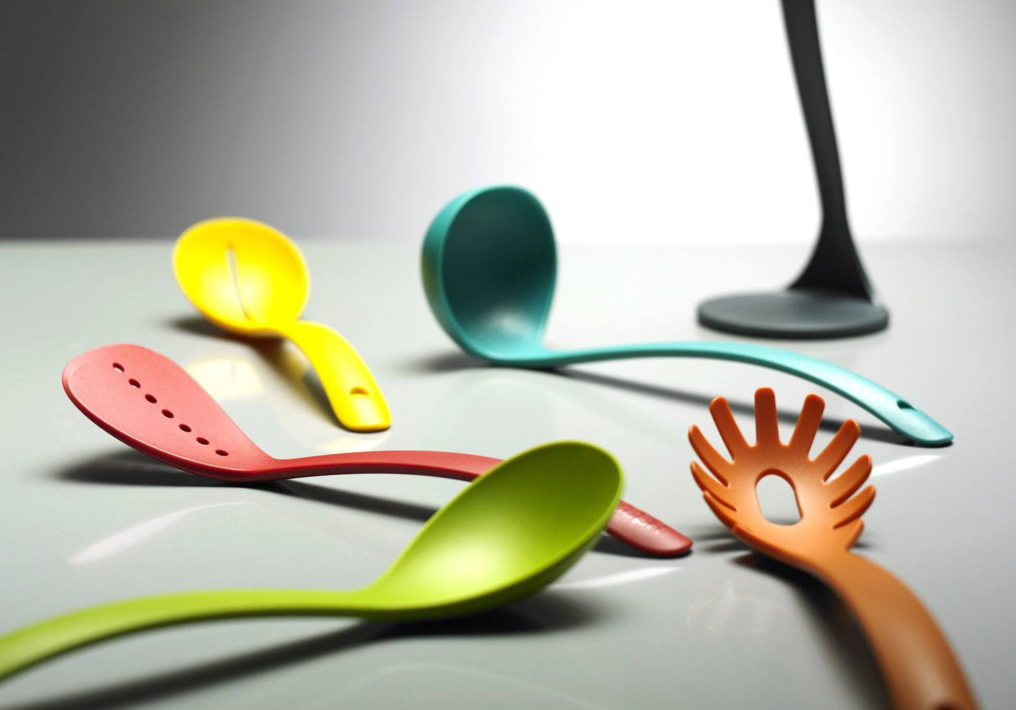 Nest Utensils Plus